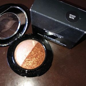 MAC mineralize eyeshadow spiced metal